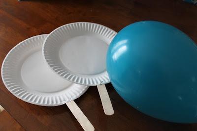 Balloon Badminton, image from keepingitsimplecrafts.com