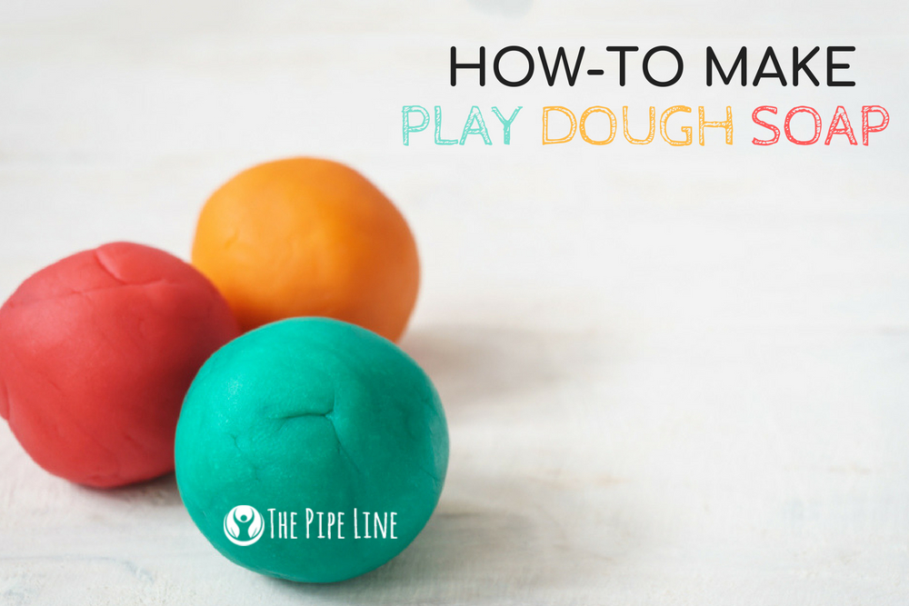 MAKE YOUR OWN COLORED PLAY DOU...
